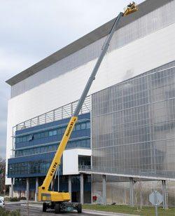 HB 135 JRT Telescoping Boom Lift