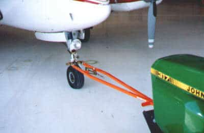 Beech-Hawker Musketeer Fixed Wing Towbar TH-5