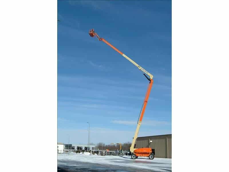 740AJ Articulating Boom Lift