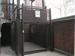 4-Post Mechanical Freight Lift