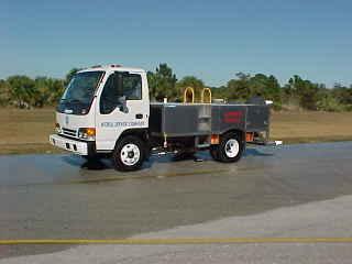 TL600 Lavatory Service Truck