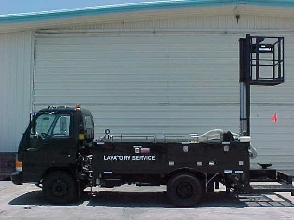TL600-Military Lavatory Service Truck