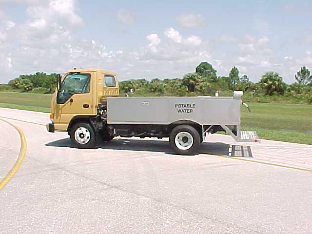 WT450 Water Service Truck