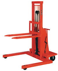 Work Positioners Low Mast Stacker